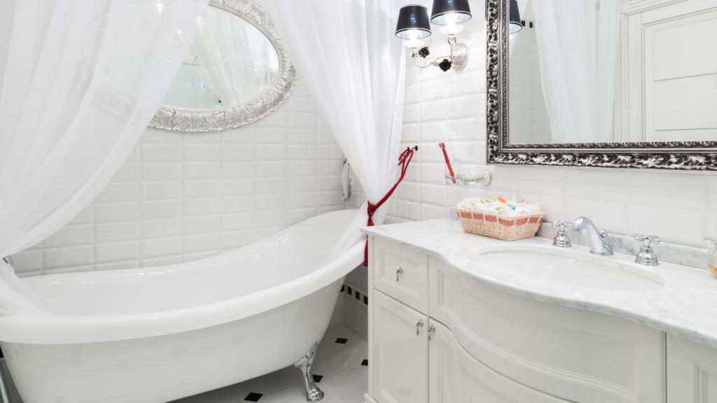 Łazienka wstylu glamour